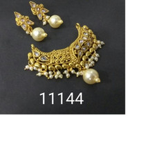 Amazing Gold Plated Pearl Work Mangal Sutra Set1183
