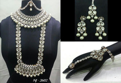 Stunning Heavy Stone & Pearl Work Bridal Necklace Set1945
