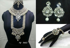 Stunning Heavy Stone & Pearl Work Bridal Necklace Set1947