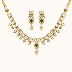 Stunning Gold Plated Kundan Work Necklace Set2045
