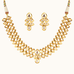 Stunning Gold Plated Kundan Work Necklace Set2046