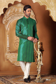 Dark Green color Full Sleeve Mandarin Collar Neck Design Silk Fabric Kurta Pyjama