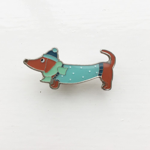 Crackers the dachshund pin badge