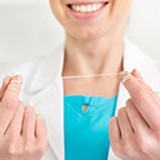 How to Use Dental Floss