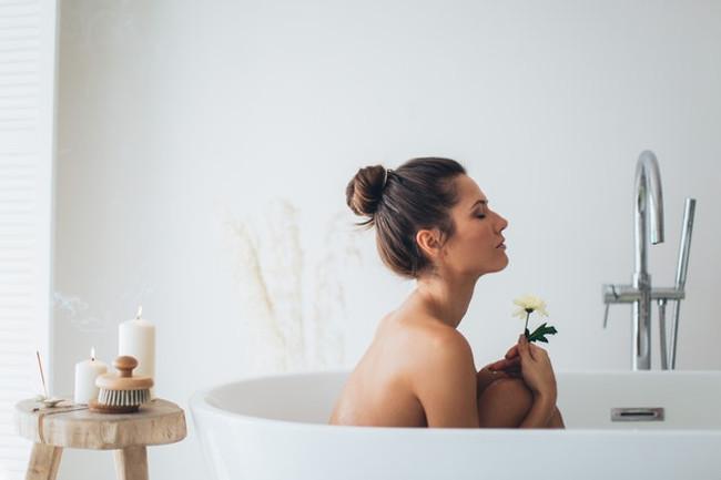 Mini Spa Staycation Woman in Bath