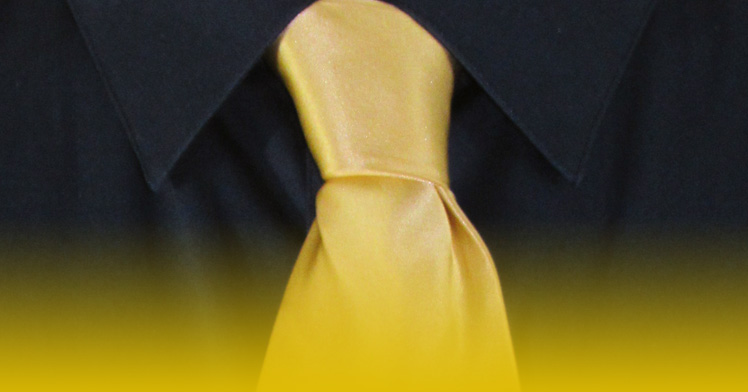 How To Tie A Full Windsor Knot   A Completed Full Windsor Knot