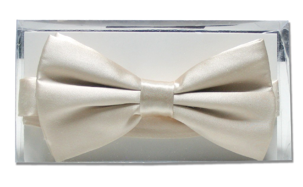 Solid Cream Off-White Mens BowTie | Mens Silk Pre Tied Bow Ties
