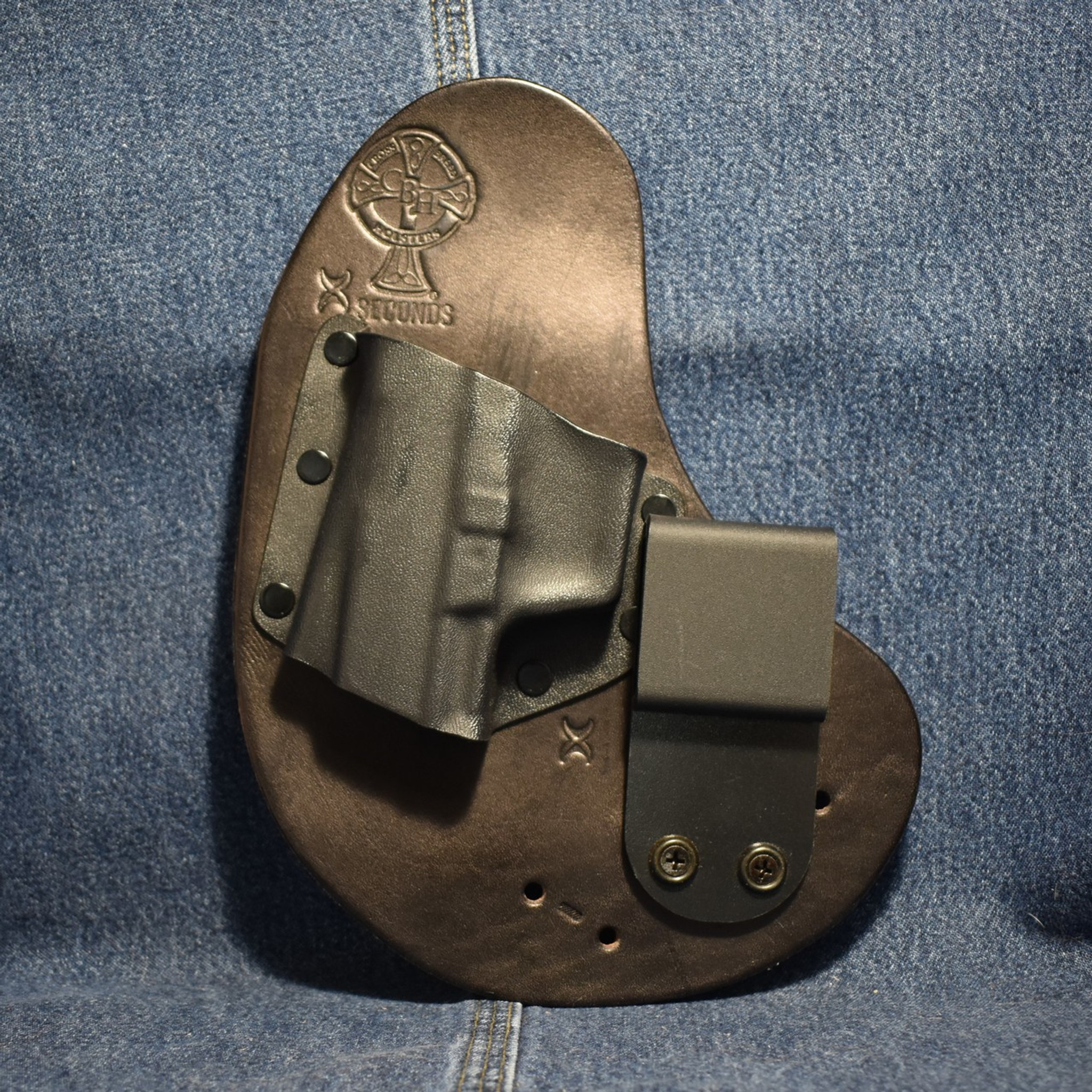 7213 crossbreed qwikclip walther pk 380 left hand black cow