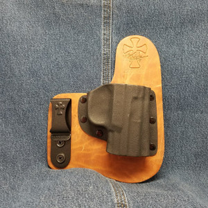 13390 CrossBreed Freedom Carry FN FNS / Right Hand / Founders Series