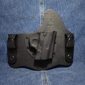 14215 CrossBreed SuperTuck BERSA THUNDER ULTRA COMPACT PRO / Right Hand / Black Cow / Combat Cut