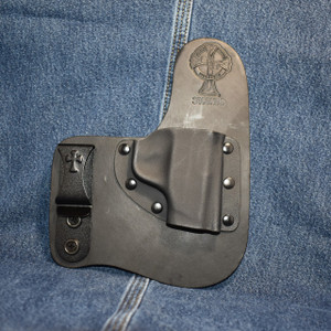 14831 CrossBreed Freedom Carry SMITH & WESSON BODYGUARD 380 NO RAIL / Right Hand / Black Cow