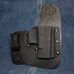 15051 CrossBreed Freedom Carry GLOCK 17/19 / Right Hand / Black Cow