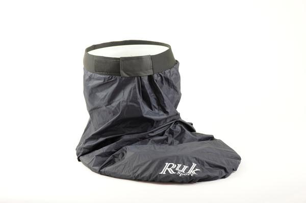Standard hard wearing nylon spray deck with neoprene waist