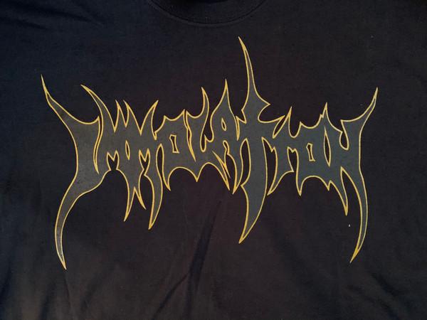 T-Shirt: Black/Gold Outline Logo