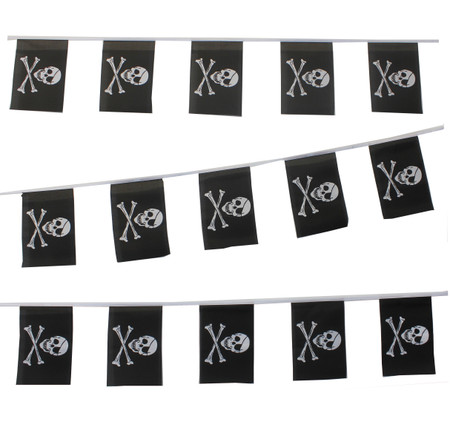 Pirate Skull and Cross Bunting to buy