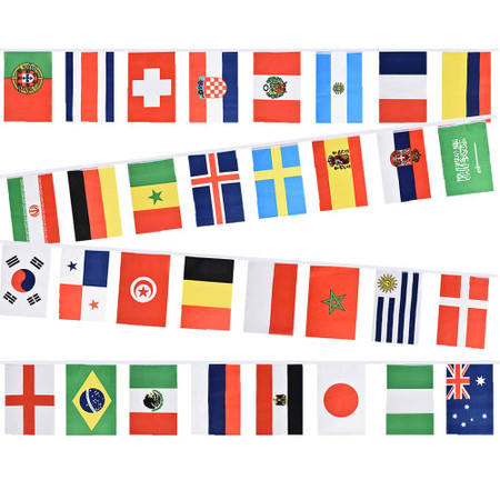 32 Mixed Nations Bunting
