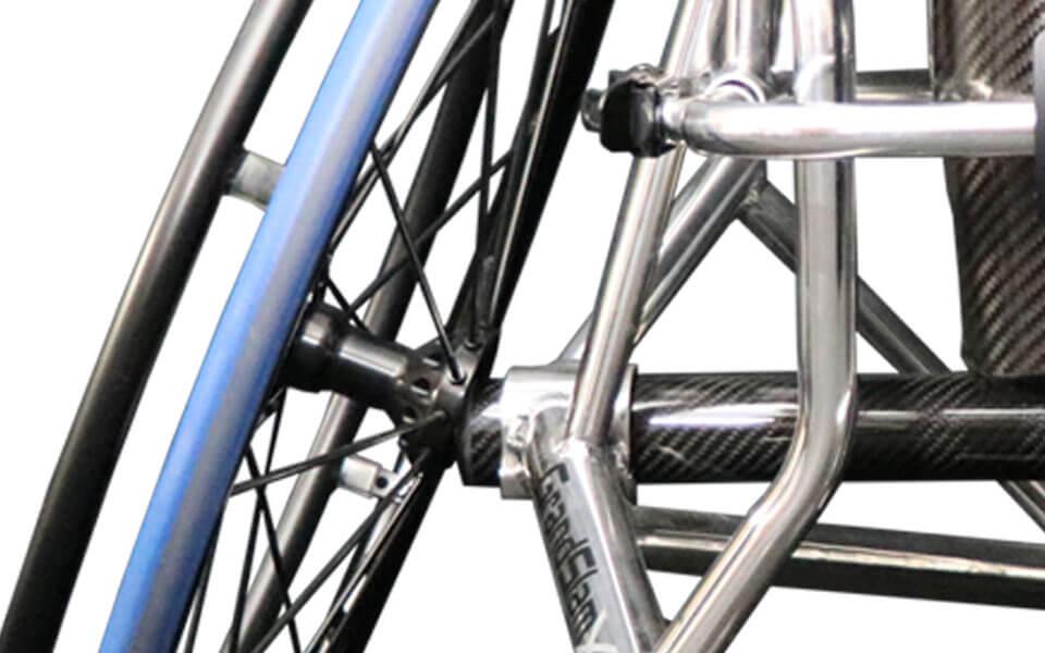 rgk-grand-slam-x-carbon-fibre-axle.jpg
