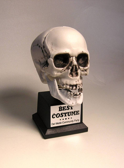Best Costume Trophy Skull 1