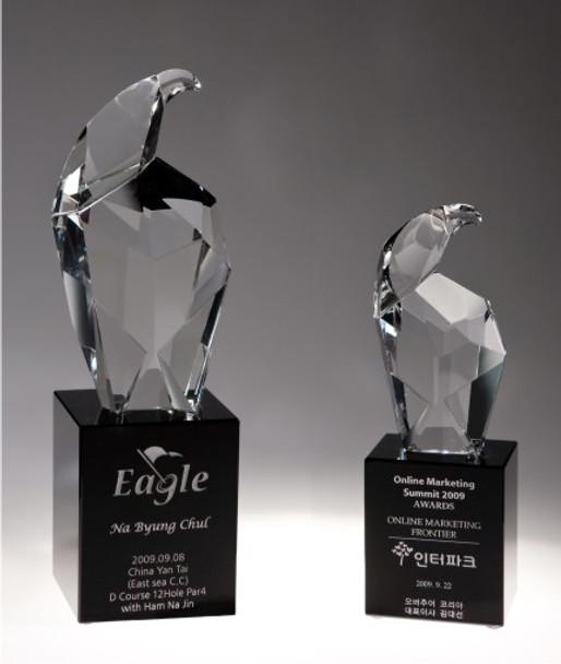 Eagle Head Crystal Award