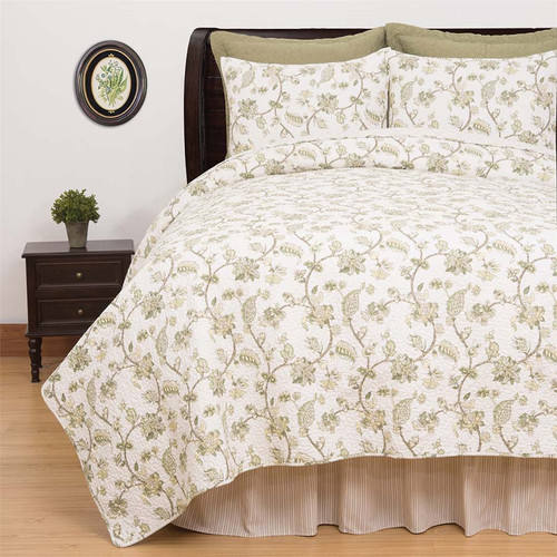 Port Royal Queen Quilt Set, C and F Home, Queen Quilt & 2 Standard Shams, vine and leaves and roses, Colonial Williamsburg design