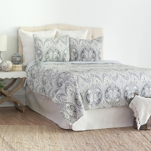 Nazima Gray Queen Quilt Set, Quilt and Two Standard Pillow Shams, C & F Home, traditional design