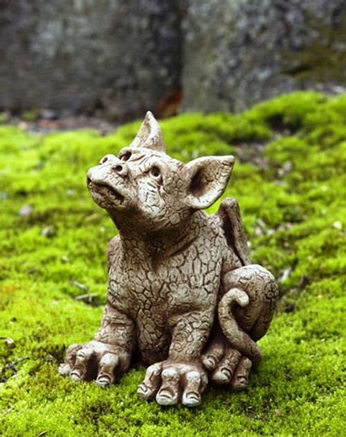 Paws mythical statue