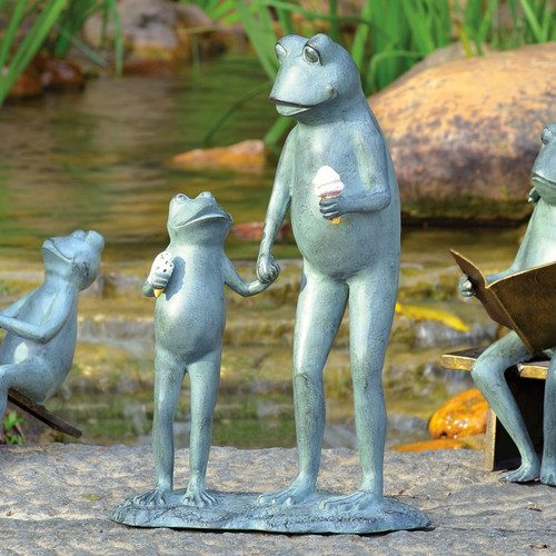 Summertime Treat Frog Statuary