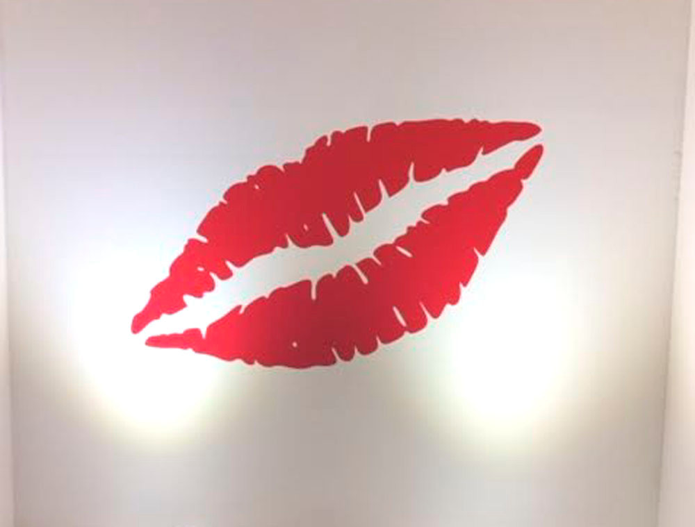 lips wall sticker red multiple sizes