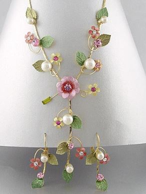 Golden Stella Jewelry NE33114-001 Pink and Gold Flower Necklace with Earrings