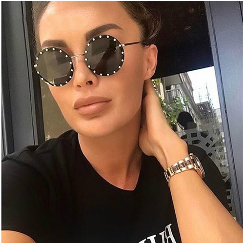 Women Sunglasses Round Oversize Frame Bling Rhinestone Fashion Designer Diamond Gafas Lentes