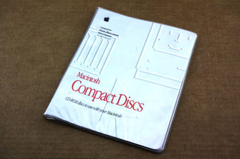 Genuine Apple Retro 10 Sleeve CD Book 600-1629-A
