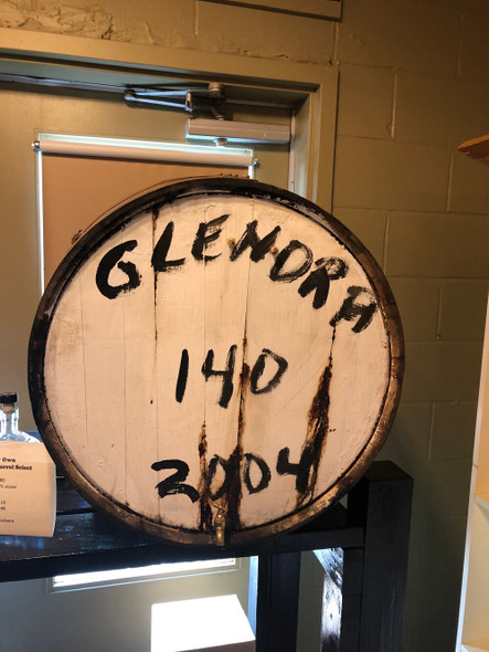 Pour Your own single cask single malt whisky, cask strength