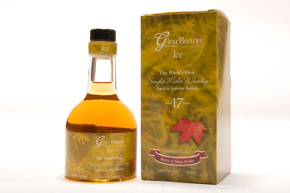 Glen Breton Ice 17 Year Old Canadian single malt whisky aged in an ice wine barrel - bottle & box