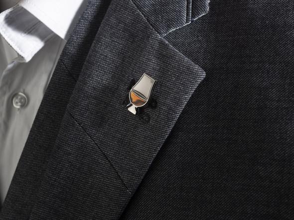 Glencairn glass lapel pin