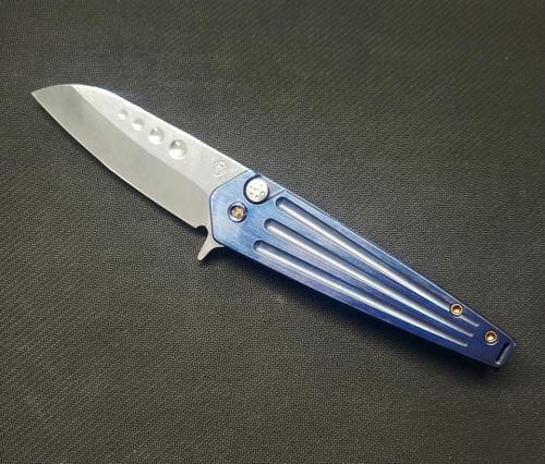 Medford Nosferatu FL Blue handle/Tumb Blade