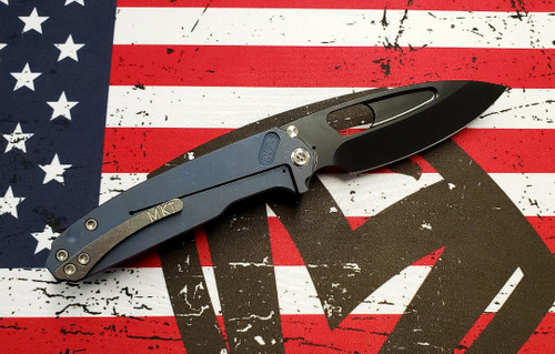 Medford Infraction - 3V PVD Blade/CF Black/Ti Ano Blue