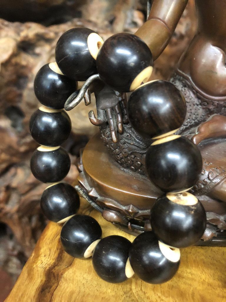 Ebony Hand Mala, 18mm