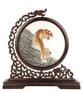 Double Sided Silk Embroidery-Tiger on the Wood
