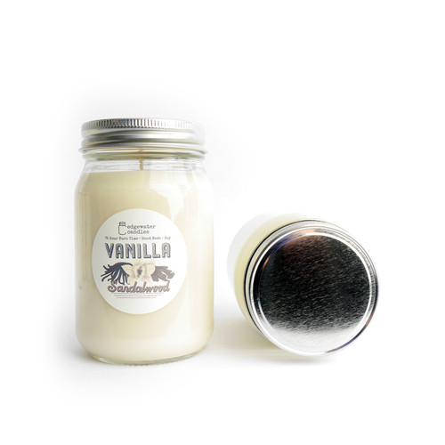 The rich, earthy fragrance of creamy sandalwood serves as the backdrop to exotic Madagascar vanilla. This gold standard of vanilla basks in the spotlight, with backup vocals from jasmine and clove, for a sweet yet grounding experience.