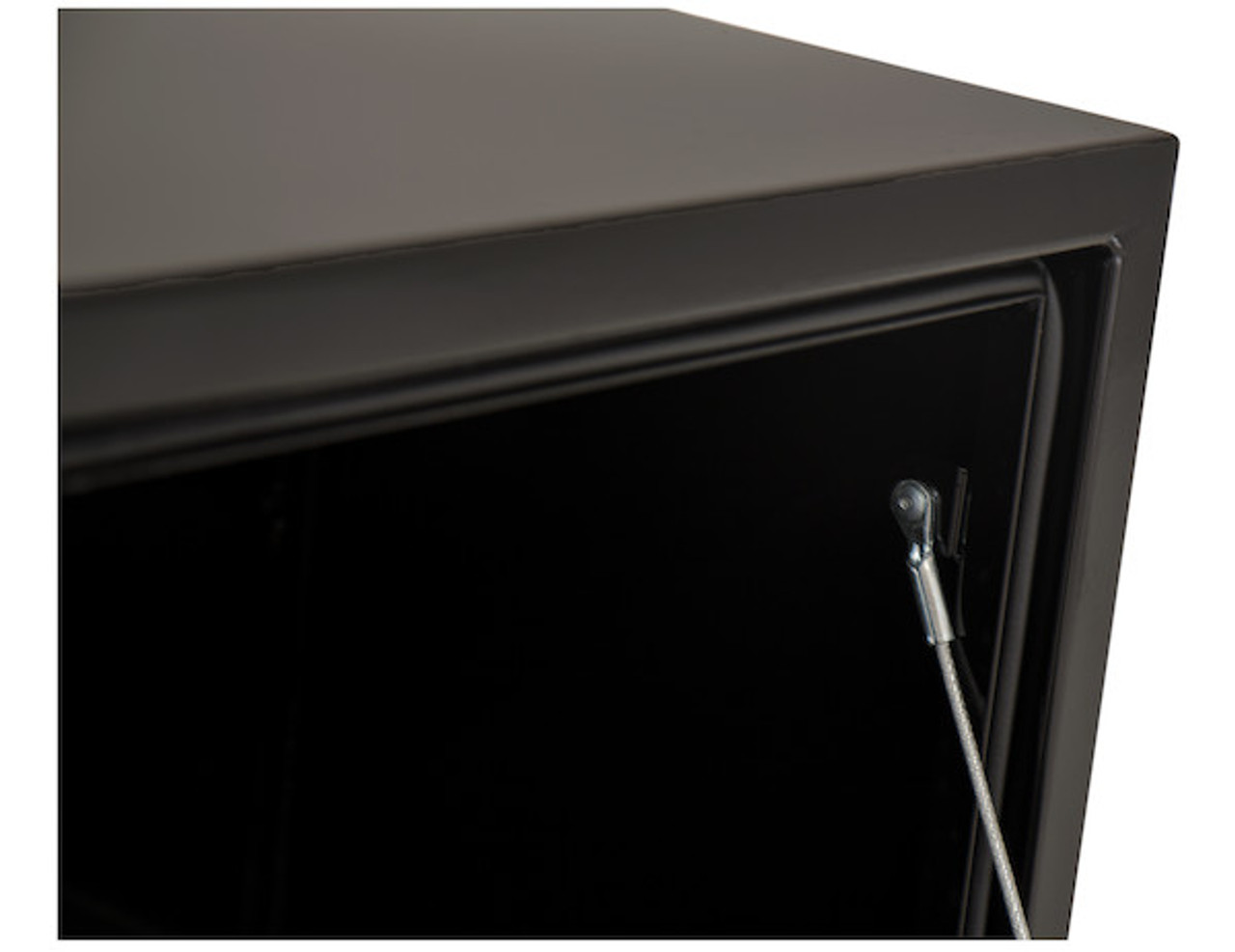 """1702317 BUYERS PRODUCTS BLACK STEEL UNDERBODY TRUCK TOOLBOX WITH T-LATCH 18""""HX18""""DX66""""W"""