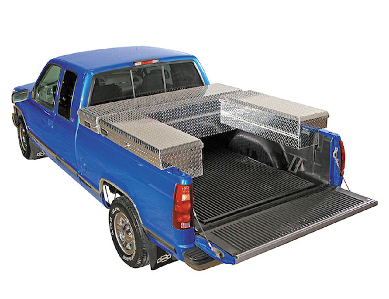 1709315 BUYERS PRODUCTS DIAMOND TREAD ALUMINUM CROSSOVER TRUCK TOOLBOX