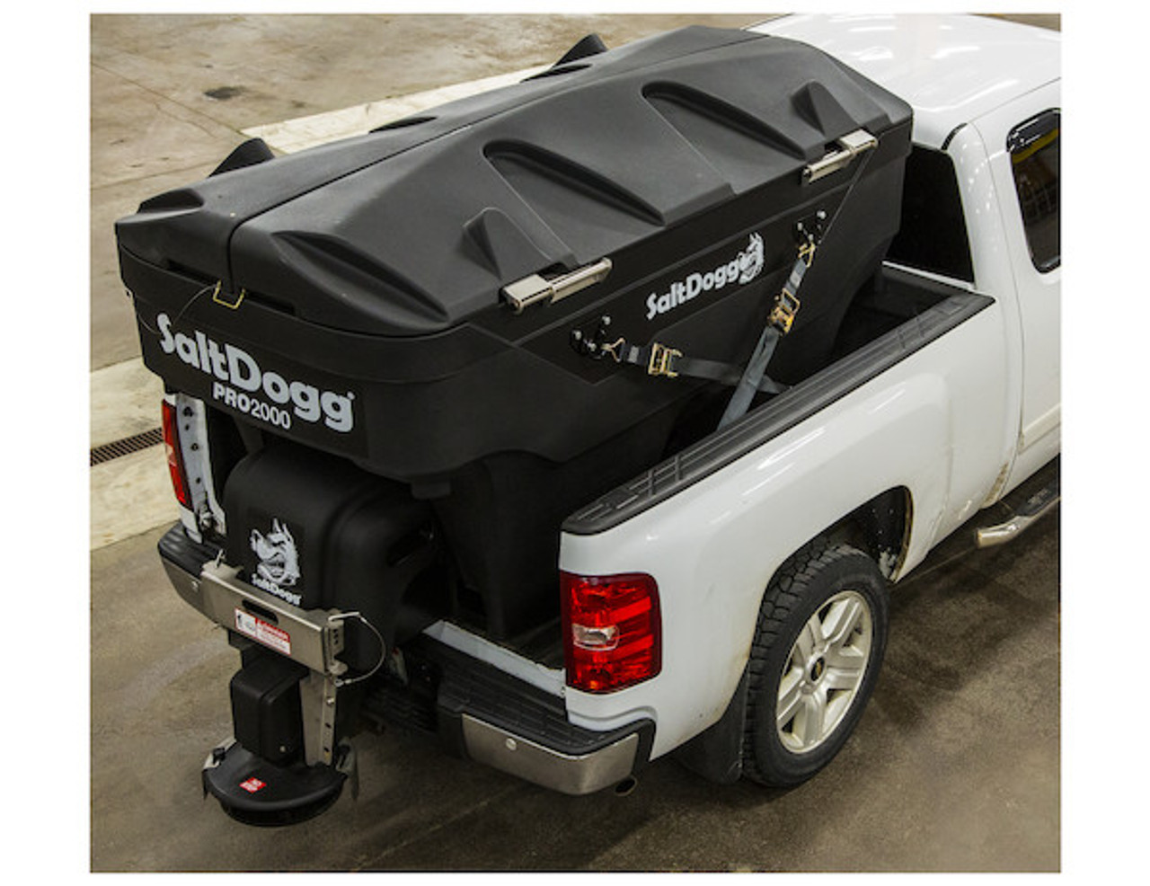 PRO2000 BUYERS SALTDOGG ELECTRIC POLY HOPPER SPREADER WITH AUGER  SHOWN WITH SALTDOGG EZ LID (LID SOLD SEPARATELY)