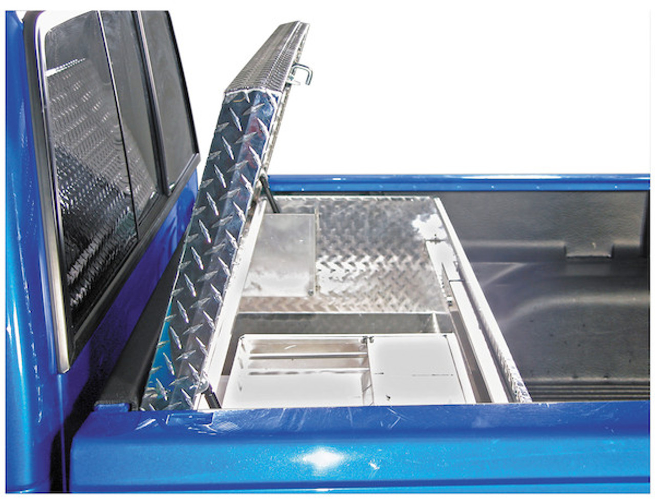 1712030 BUYERS DIAMOND TREAD ALUMINUM ALL-PURPOSE CHEST WITH ANGLED BASE TOOLBOX