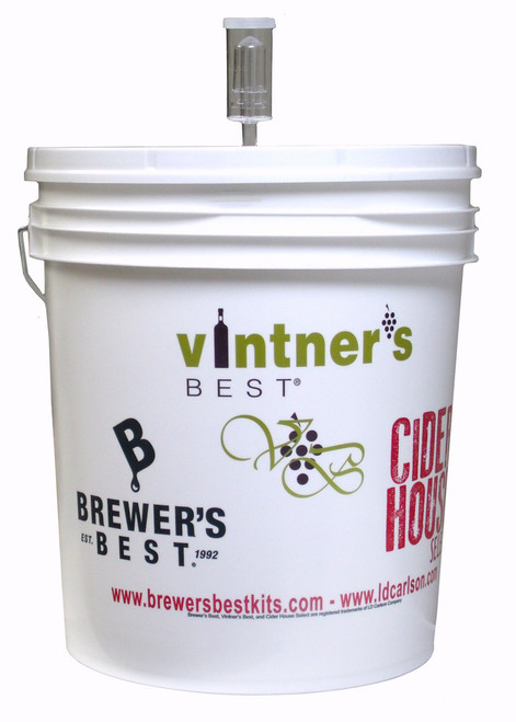 7.9 Gallon Fermenting Bucket With Lid and Air Lock