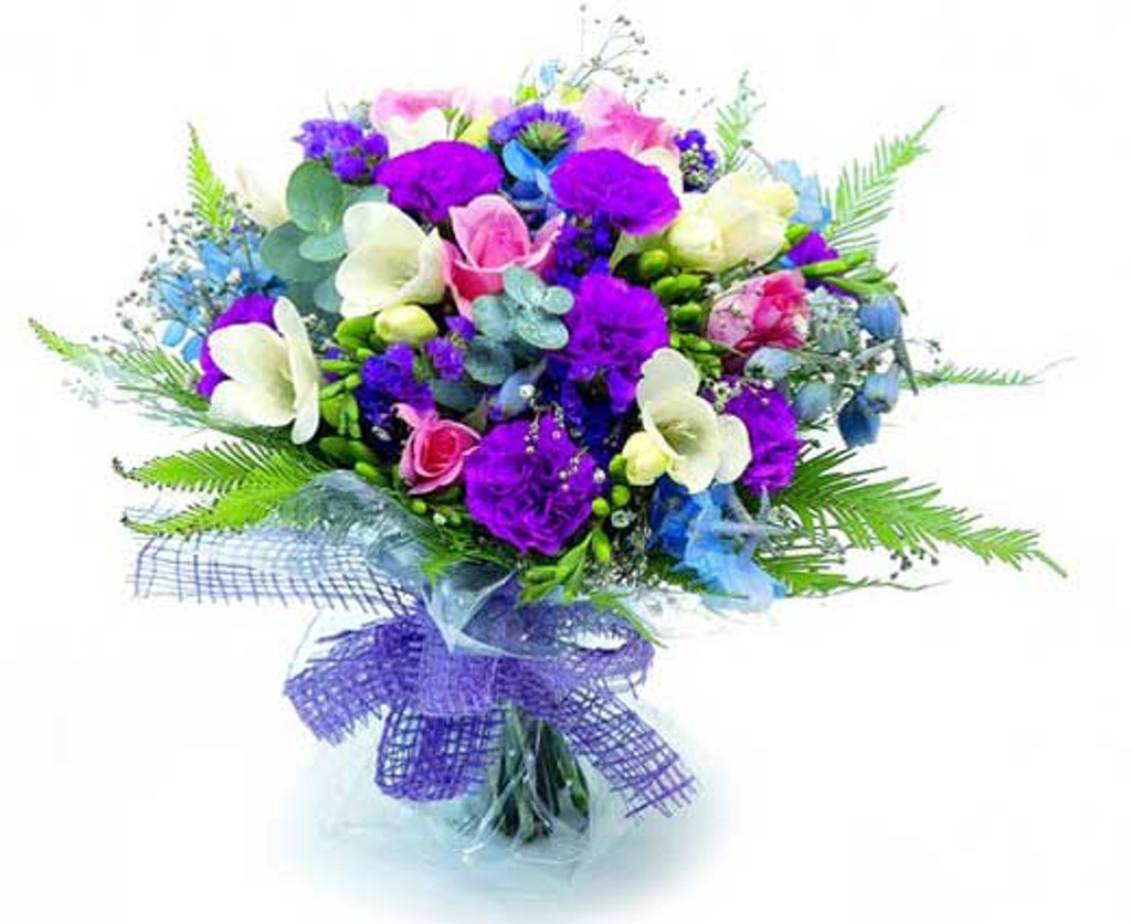 Ff1 Floral arrangement - not valid with any discounts