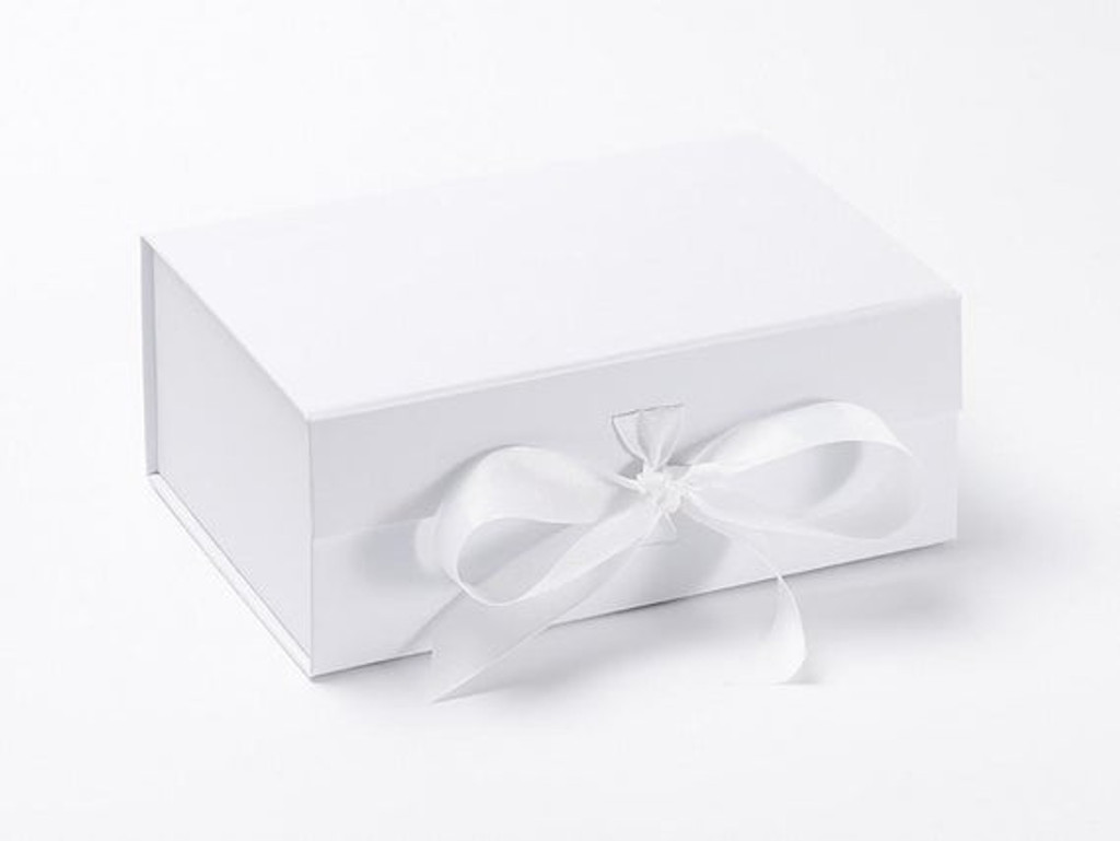 88820 BC2 Tea by Candlelight personalised gift box