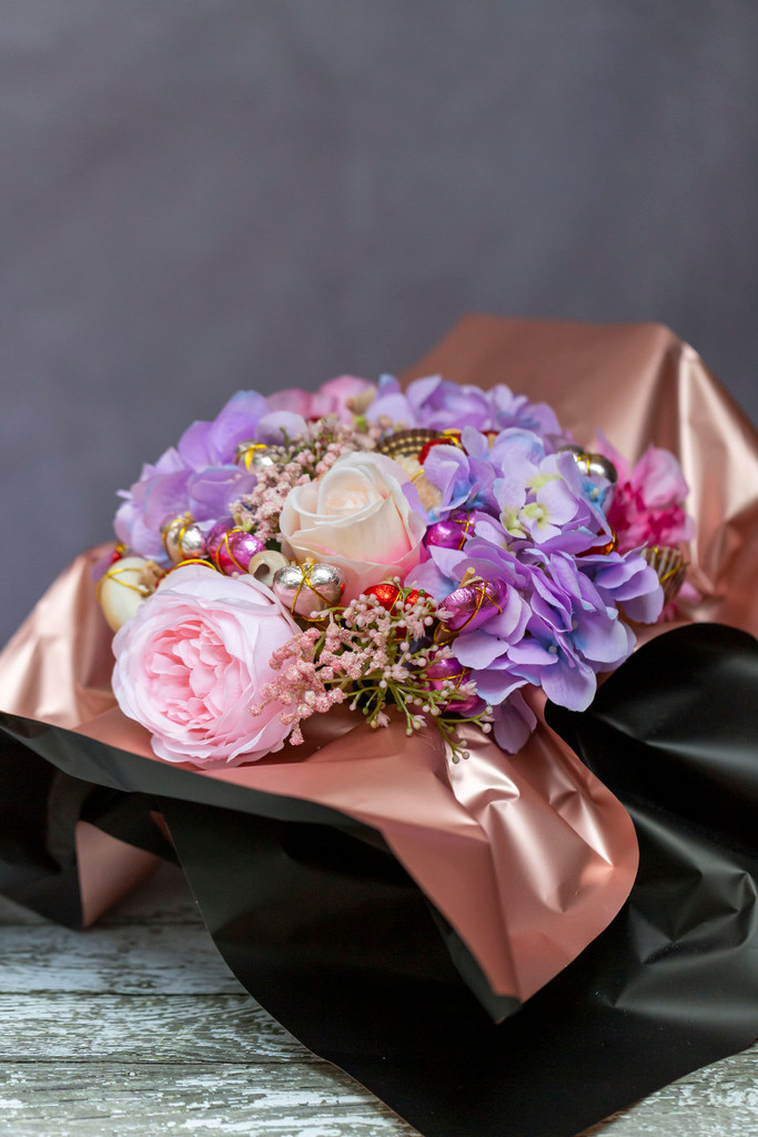 88820 SFH Cabbage Rose, Hydrangea & Dahlia Chocolate Bouquet delivered