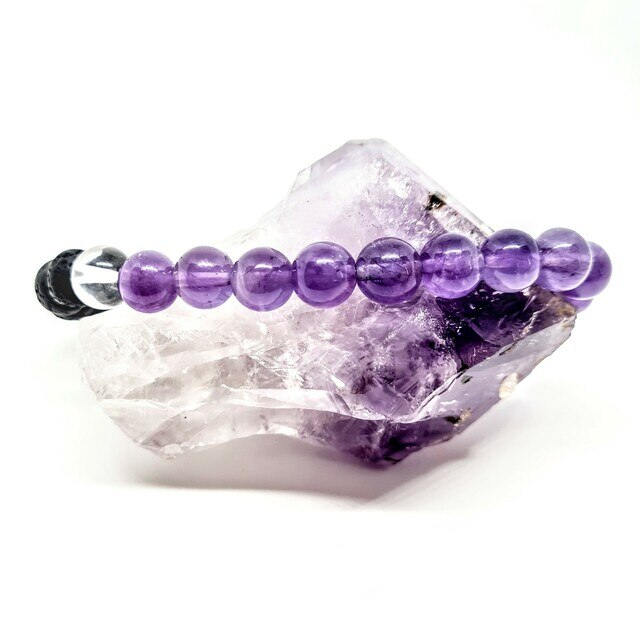 amethyst all healer aromatherapy oil diffusing calming bracelet