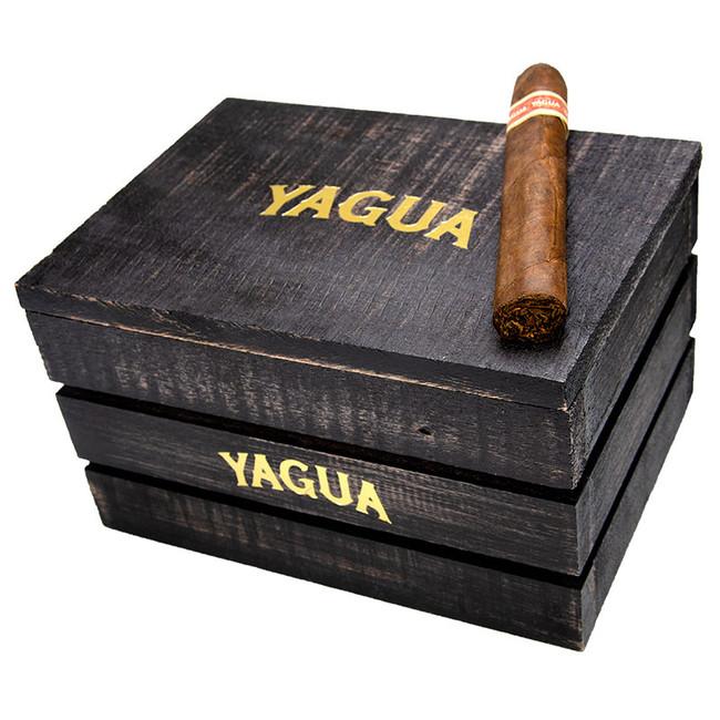 Yagua by JC Newman Toro (6x54)