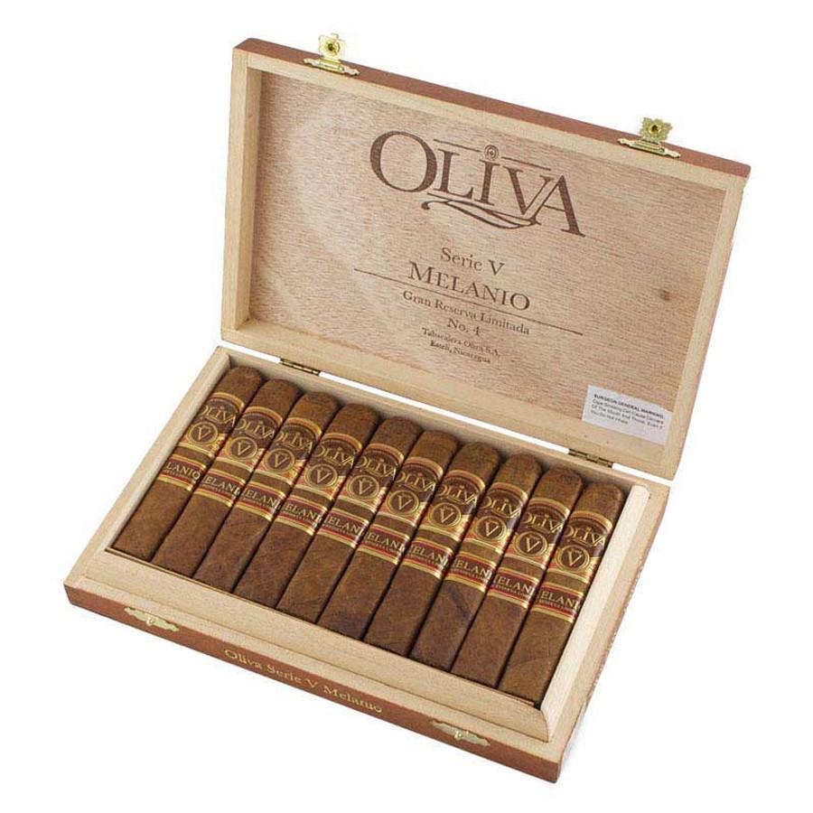 Oliva Serie V Melanio No. 4 Corona
